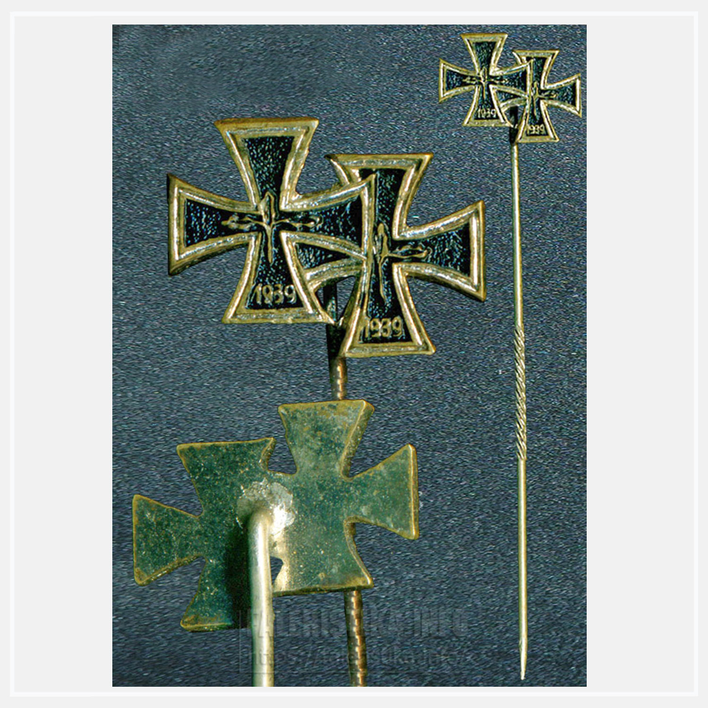 Фрачный знак с двумя наградами:  Железный Крест 1-го класса и Железный Крест 2-го класса образца 1957 года (денацифицированный)