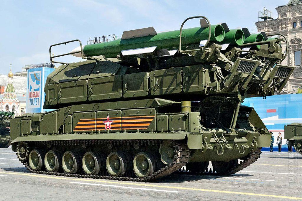 """Войсковой ракетно-зенитный комплекс средней дальности """"БУК-М2"""""""